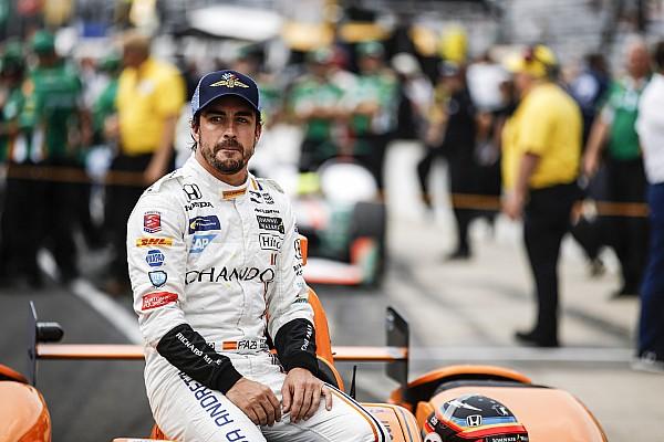IndyCar Top List 'Alonso gana, a su manera, las 500 Millas', por Nira Juanco