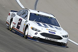 NASCAR Cup Qualifiche Brad Keselowski regola Truex Jr. e centra la pole a Las Vegas