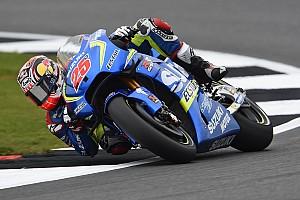 MotoGP Laporan tes FP1 MotoGP Silverstone: Vinales tercepat, Marquez terjatuh