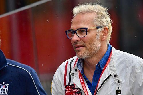 Villeneuve Tak Mau Sebut Hamilton Pembalap Terhebat