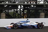 Alonso ya es cuarto a mitad del segundo día en Indianápolis