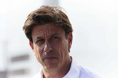 """Wolff: """"F1 'karmakarışık' fikirlerle 'serbestçe' format değiştiremez"""""""