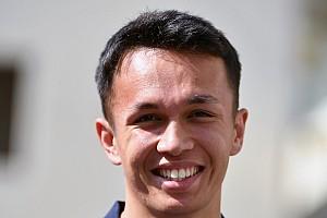 Kvjat csapattársa továbbra sem vezethetett F1-es autót