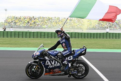 """3位バスティアニーニ「""""MotoGPボス""""のマルケスを抜いて表彰台、素晴らしい」"""