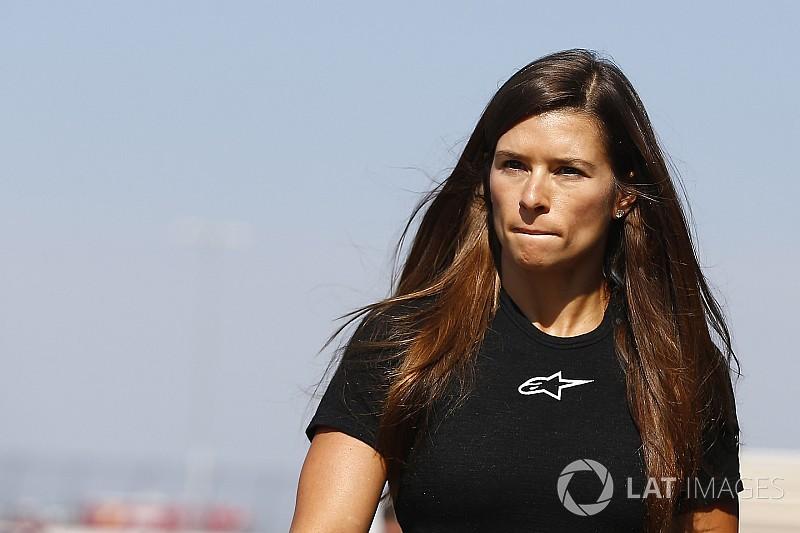Unter Tränen: Danica Patrick gibt Rücktritt bekannt