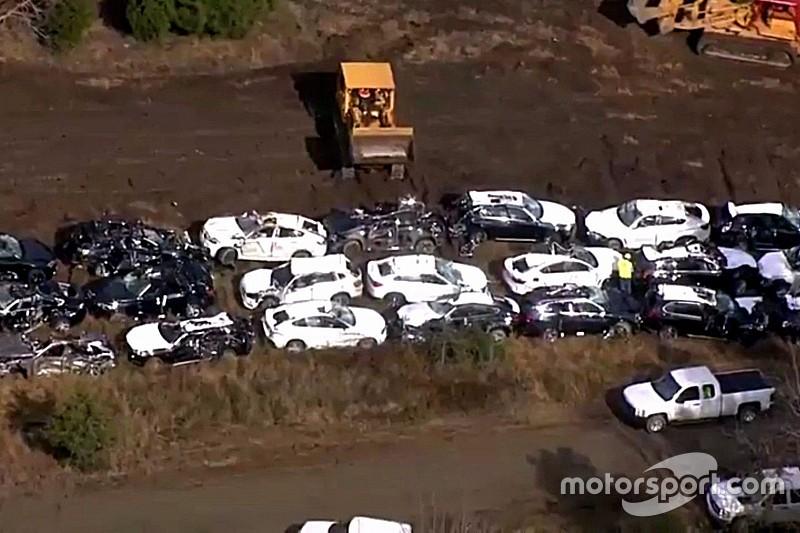 Vídeo: Más de un centenar de BMW destruidos en un accidente de tren