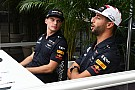 Formula 1 Video: Ricciardo ve Verstappen'in NASA ziyareti