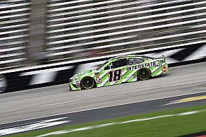 NASCAR Cup Race report Kyle Busch edges brother Kurt for Stage 2 win at Texas
