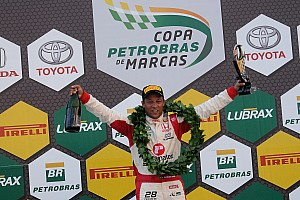 Brasileiro de Marcas Relato da corrida Piloto da casa, Carlos Souza vence no Brasileiro de Marcas