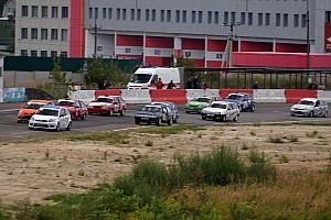 Українське кільце Репортаж з гонки Відразу чотири «Великих шолома» і боротьба позаду