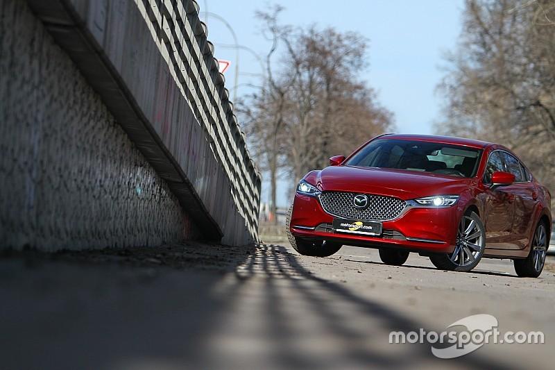 Галерея оновленого бізнес-седана Mazda 6