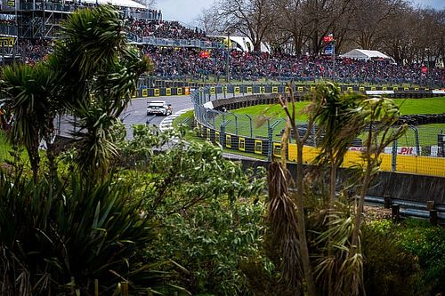 Supercars still open to New Zealand double-header