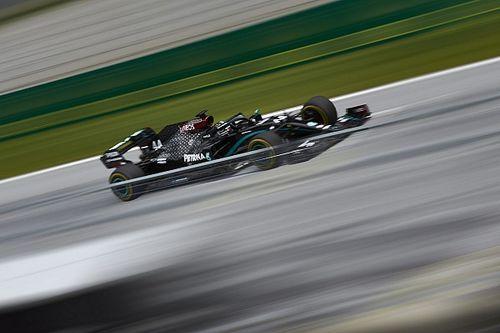 Hamilton voor derde training op rij snelste, Verstappen op P3