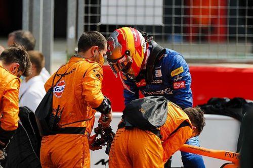 """Sainz: """"Hemos cambiado casi todo el coche y siguen los problemas"""""""