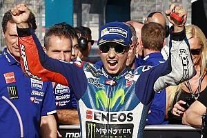 MotoGP Qualifying report Valencia MotoGP: Lorenzo smashes lap record for pole