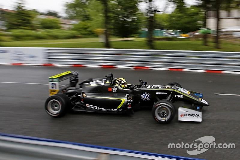 Norris domina y logra doble pole para la F3 en Pau