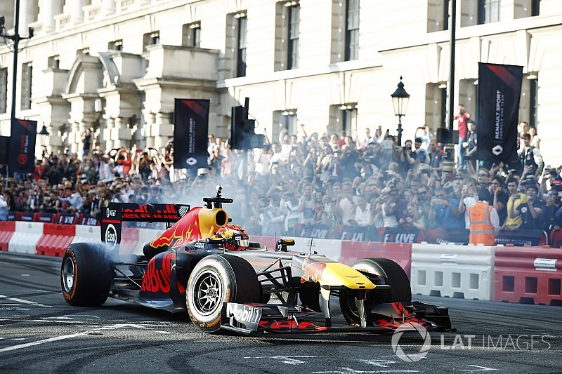 Verstappen, Silverstone'da kendini test etmek için sabırsızlanıyor