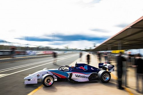 S5000 unveils radical qualifying format