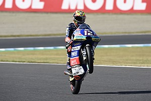 Motegi Moto3: Bezzecchi wins thriller as Martin crashes