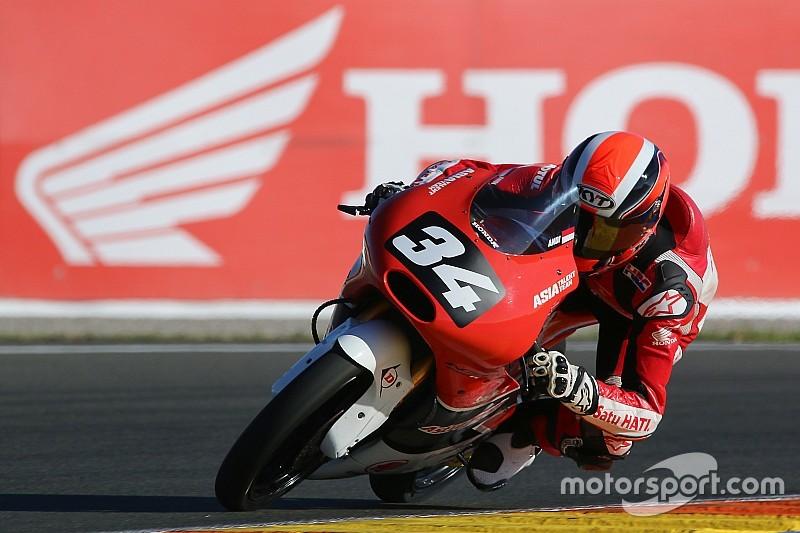 CEV Moto3 Valencia: Gilang tutup musim dengan dua kali terjatuh