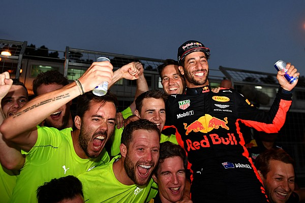"F1 阿塞拜疆大奖赛:疯狂之后,里卡多笑傲""火焰之城"""