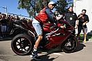 Automotive Lewis Hamilton hará más diseños de motos con MV Agusta