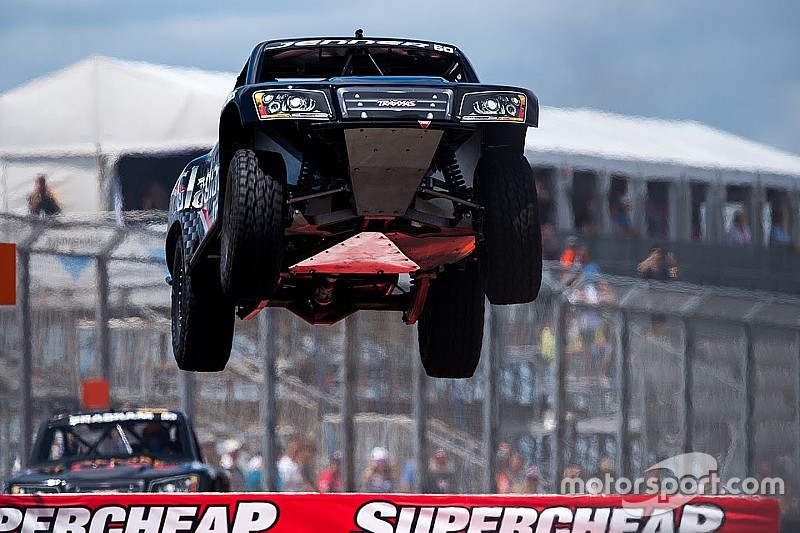 Stadium Super Trucks to join NASCAR Cup weekend at Texas