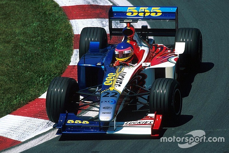 F1 should consider allowing one-off liveries - Brown