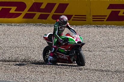 Aleix Espargaro mist Duitse Grand Prix na harde crash in warm-up