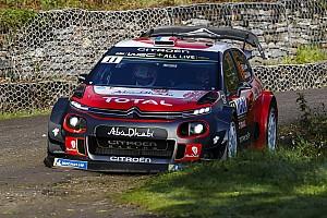 WRC Noticias Loeb chocó en el inicio en Córcega
