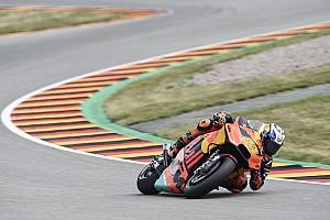 Suzuki pair say Espargaro deserved penalty for crash