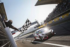 Zandvoort WTCR: Ehrlacher eases to Race 1 win