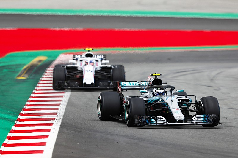 Боттас був близький до «великих неприємностей» на Гран Прі Іспанії