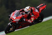 "Stoner: Ducati ""can't afford to lose"" Dovizioso"