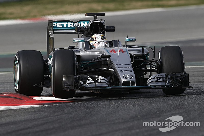 Mercedes alters test plan to keep drivers fresh