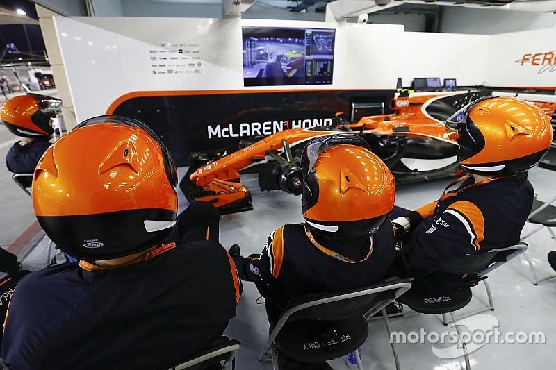 Azonnali hatállyal kiszállhat a Honda az F1-ből, a Mercedes a mélybe taszíthatja a McLarent