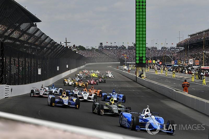 """Magnussen diz que """"adoraria"""" correr Indy 500 um dia"""