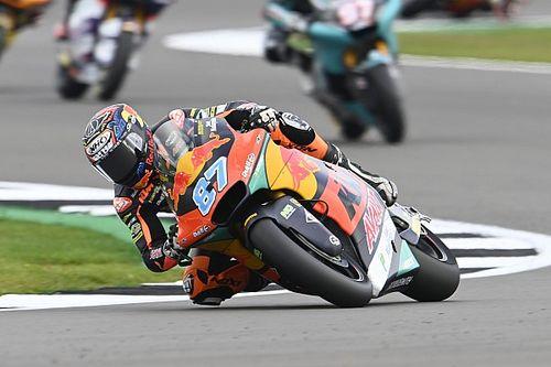 British Moto2: Gardner fends off Bezzecchi for victory as Fernandez crashes