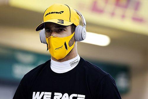 """Ricciardo apunta a los """"idiotas"""" que manejan las redes de la F1"""