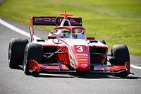 Silverstone F3: Sargeant edges out Lawson for pole