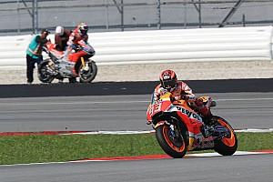 MotoGP Galería Galería: Las mejores fotos del tercer día de test en Sepang