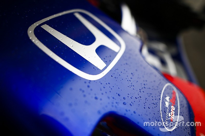 В Renault предсказали замедление прогресса Honda в 2019-м