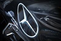 A Mercedes bemutatta Hamilton és Bottas fekete F1-es szerelését