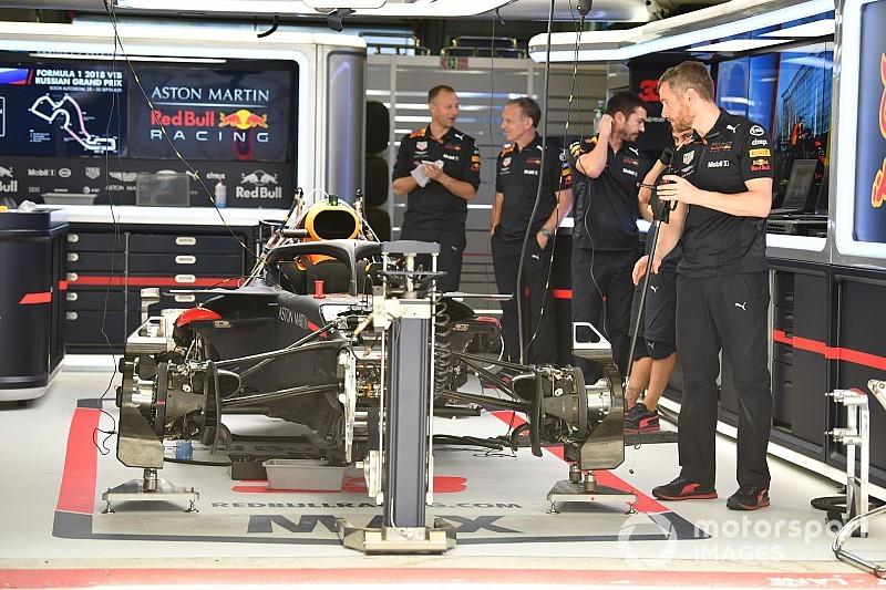 Verstappen: Red Bull teve que voltar para versão antiga de motor