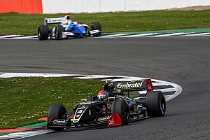 Formula V8 3.5 Reporte de la carrera Fittipaldi logra el pleno ganando también la segunda carrera en Silverstone
