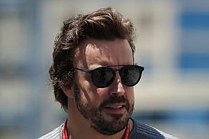 Stop/Go Livefeed További - büntetés nélküli - új alkatrészek Alonso motorjába