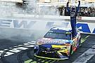 NASCAR Cup Кайл Буш прошел во второй раунд плей-офф NASCAR