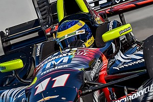 IndyCar Репортаж з практики Бурде виграє першу практику в Торонто