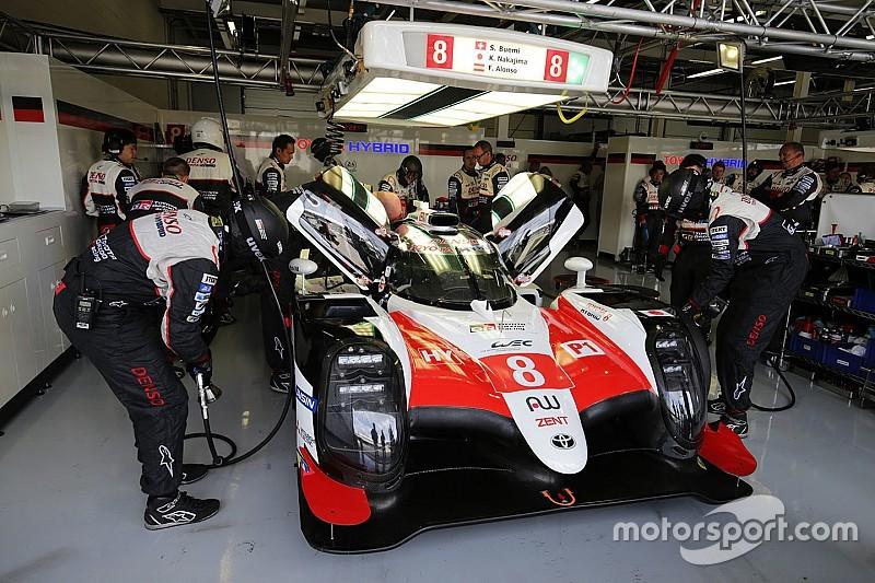 Toyotas são punidos e Alonso perde vitória em Silverstone