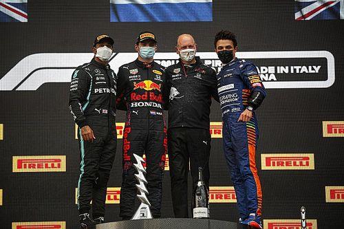 Emilia-Romagna GP: Bol olaylı yarışı Verstappen kazandı, Hamilton ikinci!